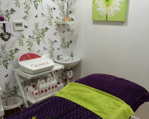 Quays Beauty Salon - See inside